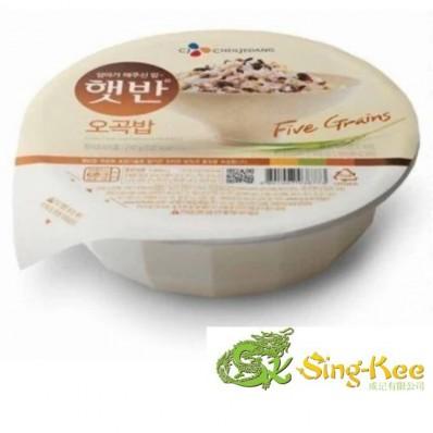 CJ Microwavable 5Grains Rice (Hat Ban) 210g
