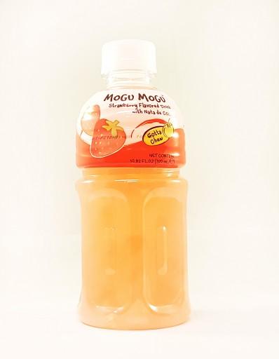 MOGU MOGU Strawberry Flavoured Drink with Nata de Coco 320ml